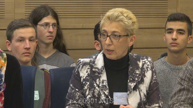 """ד""""ר סיגל ליברנט, נציגת משרד הבריאות בוועדה."""