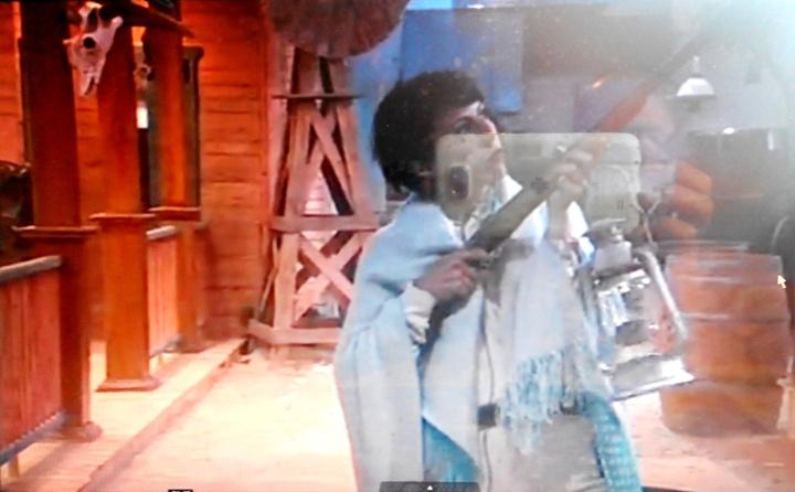 בן דיין על האוכף הלוהט. צילום מסך mako
