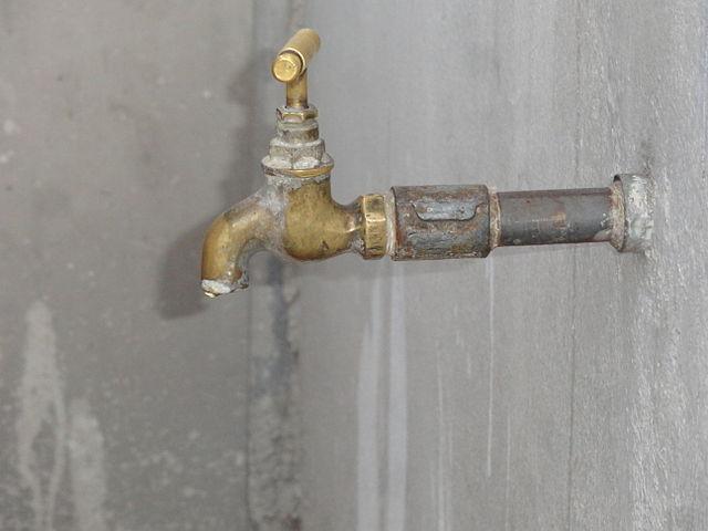 Water_tap_brass
