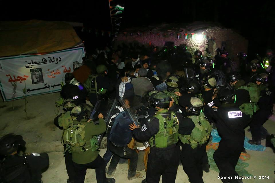 פלישת הצבא לעין חג'לה 6-2-14 צילום סאמר ניזאל, عدسة: سامر نزال