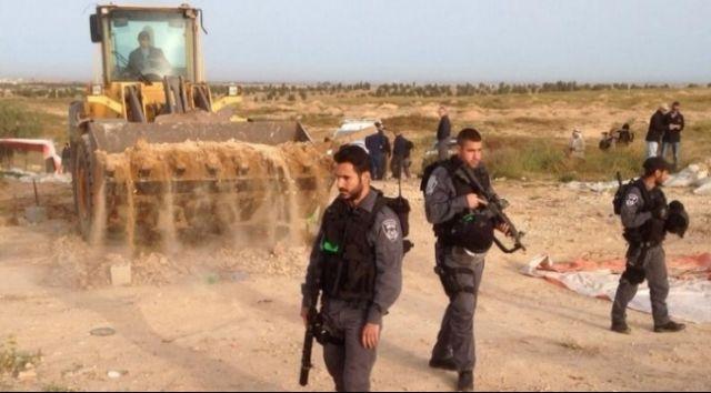 """תמונה מההריסה הבוקר (17.09.2015) מתוך אתר """"ערביי 48"""""""