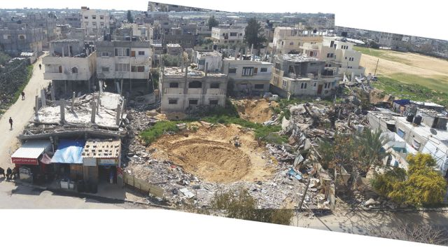 A collage of photographs shows the aftermath of the Israeli air strike on al-Tannur, in Rafah. © Al Mezan Center for Human Rights. (מתוך אתר אמנסטי אינטרנשיונל)
